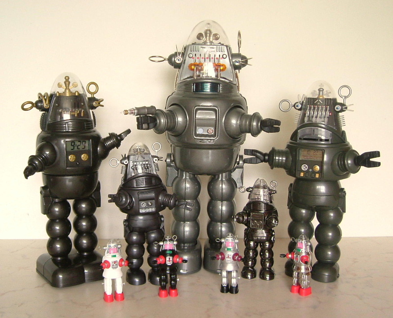 Recent Robby robots (O)