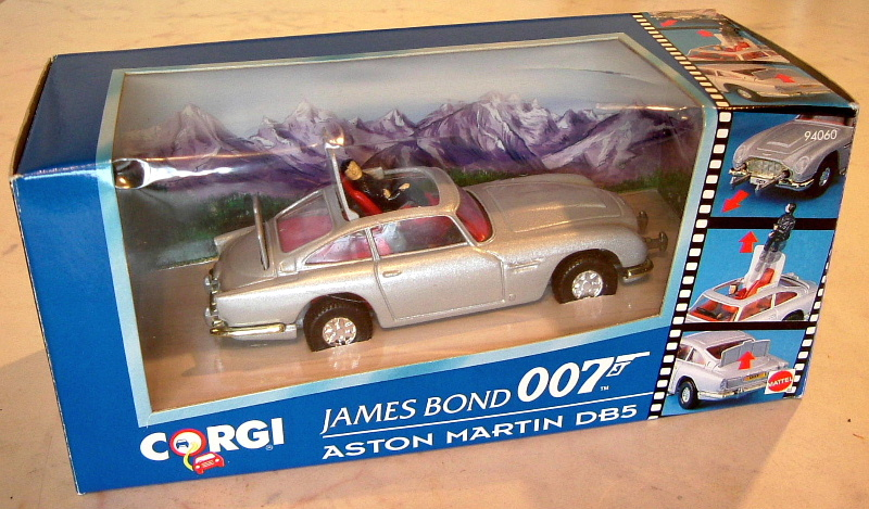 007 Corgi Aston Martin DB5 in Alpine scene box (O)