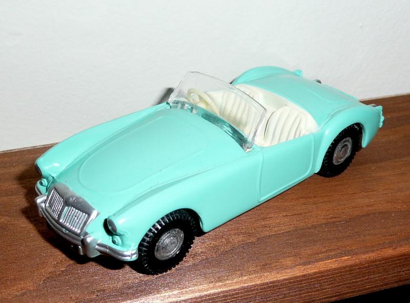 104 Tri-ang Spot On model MGA Sports Car